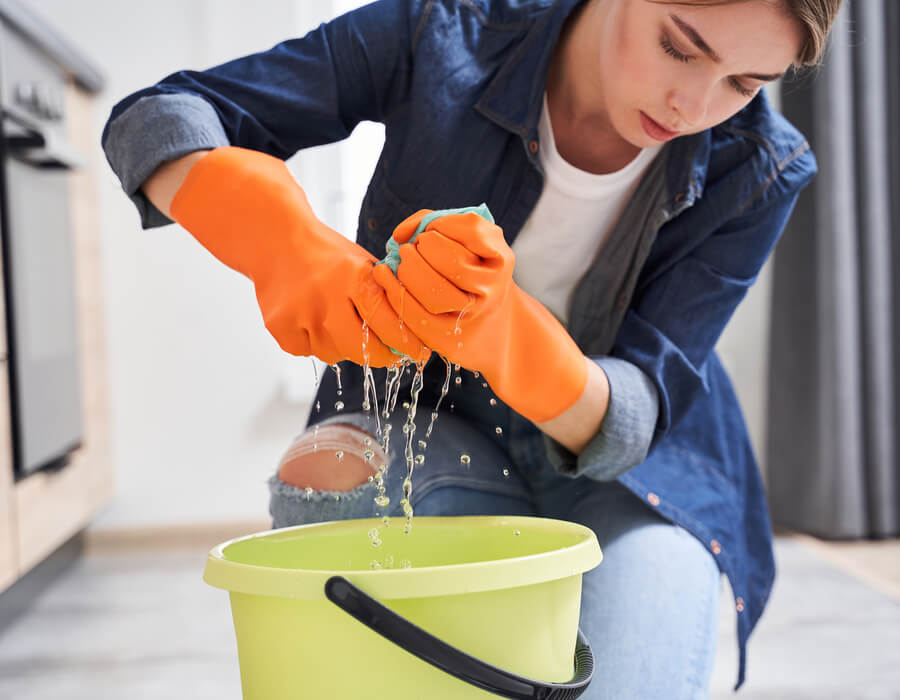 How to Dry Carpet After a Flood or Leak